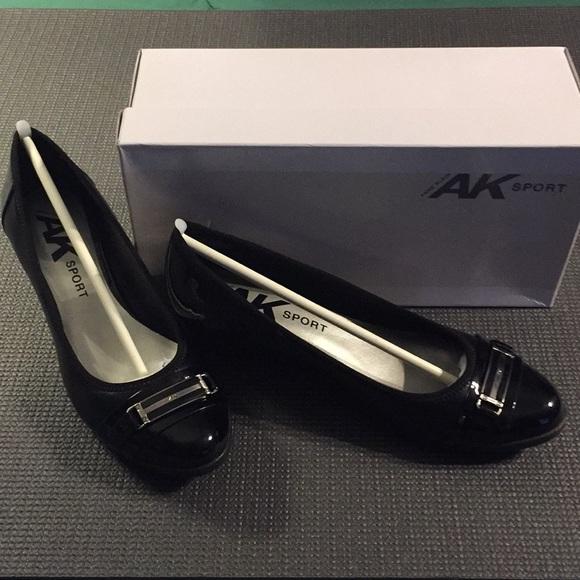 3e8d3597086 NIB Anne Klein Sport Carvallo Black Size 9.5 Wedge